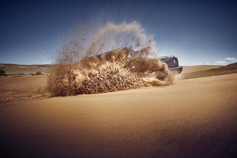 Mercedes-Benz G-Class Teaser 2.jpg