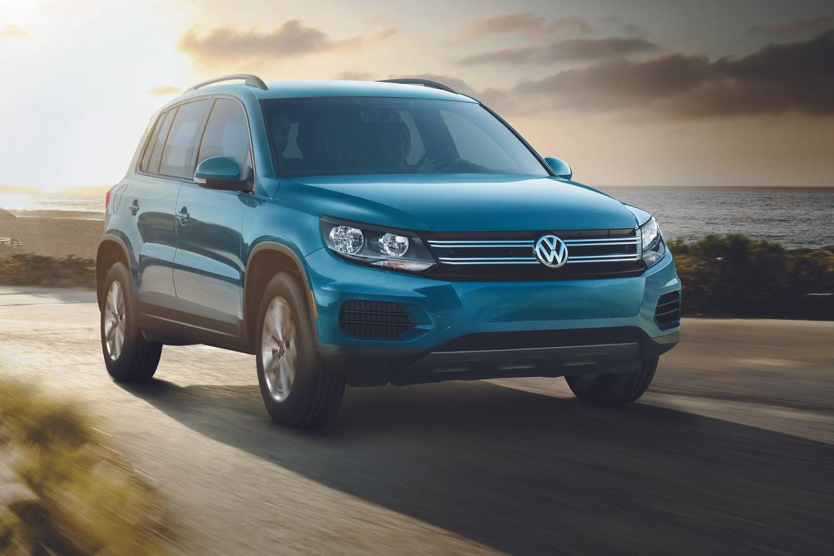 2017 volkswagen tiguan lives on as value priced limited news. Black Bedroom Furniture Sets. Home Design Ideas