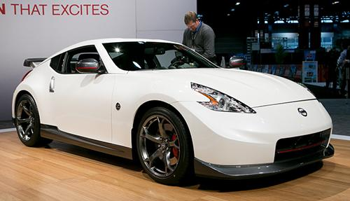 2014 nissan 370z nismo photo gallery news cars com rh cars com