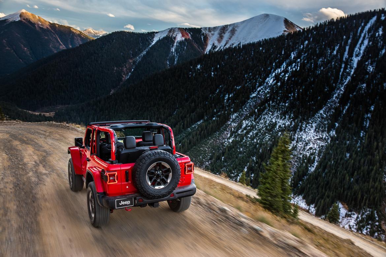 09-<a href=jeep.php > <a href=jeep.php > Jeep </a> </a>-wrangler-rubicon-2018-dynamic--exterior--mountains--off-