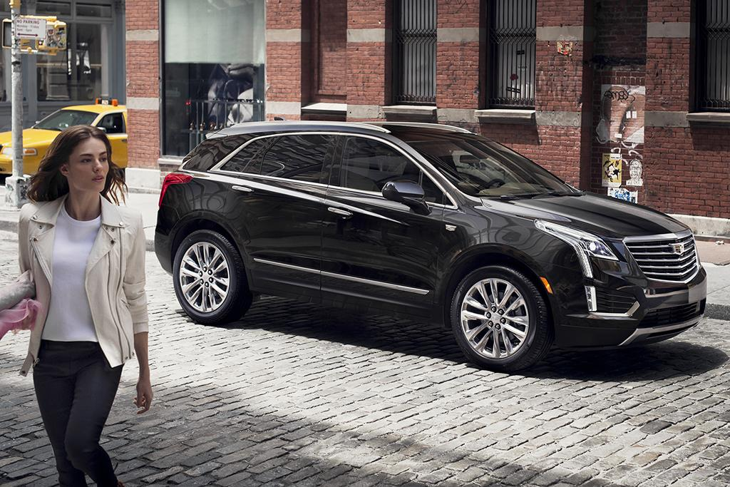 2017-Cadillac-XT5-001.jpg