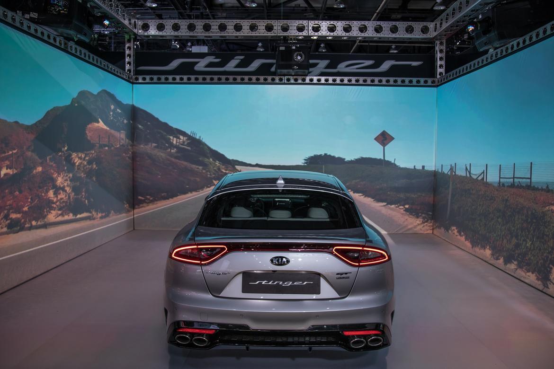 03-naias-2018-autoshow-rear-silver.jpg