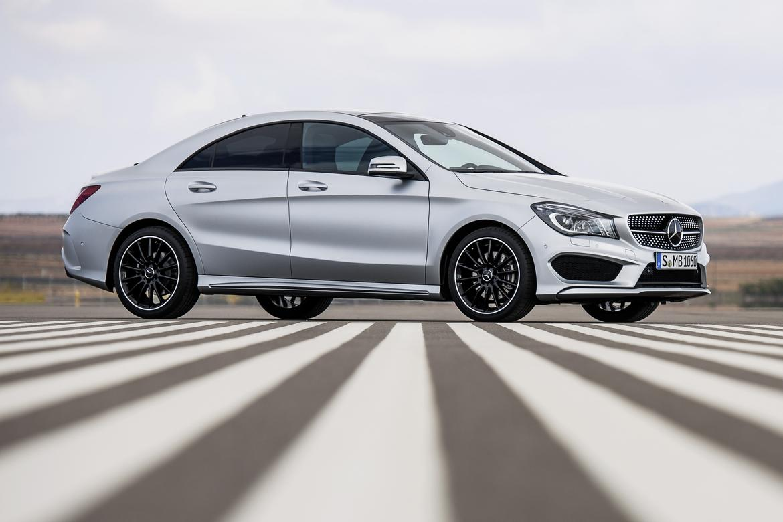 2014 Mercedes-Benz CLA250 OEM.jpg