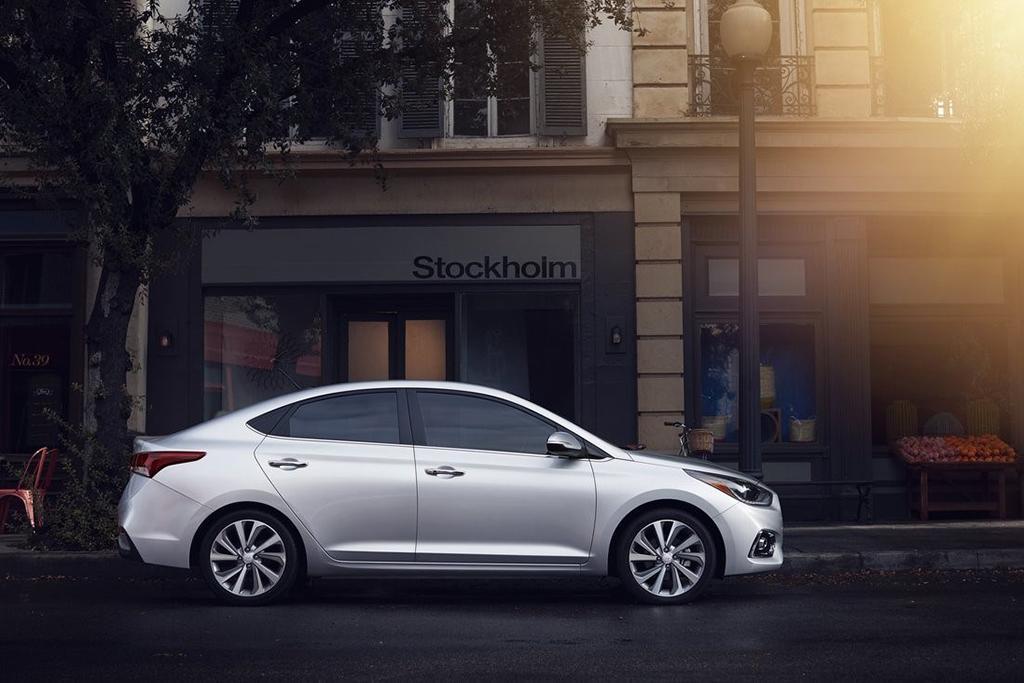 2018 Hyundai Accent Preview >> 2018 Hyundai Accent Preview News Cars Com