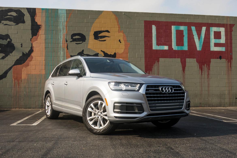 Audi Q SUV Carscom Overview Carscom - Audi q series cars
