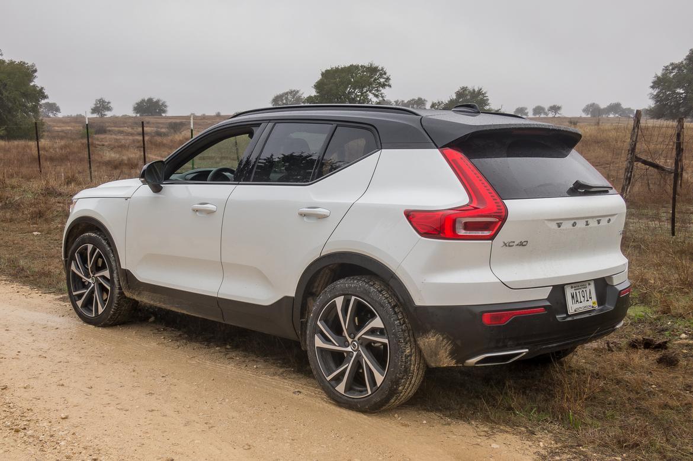 2019 Volvo XC40 - Our Review | Cars.com