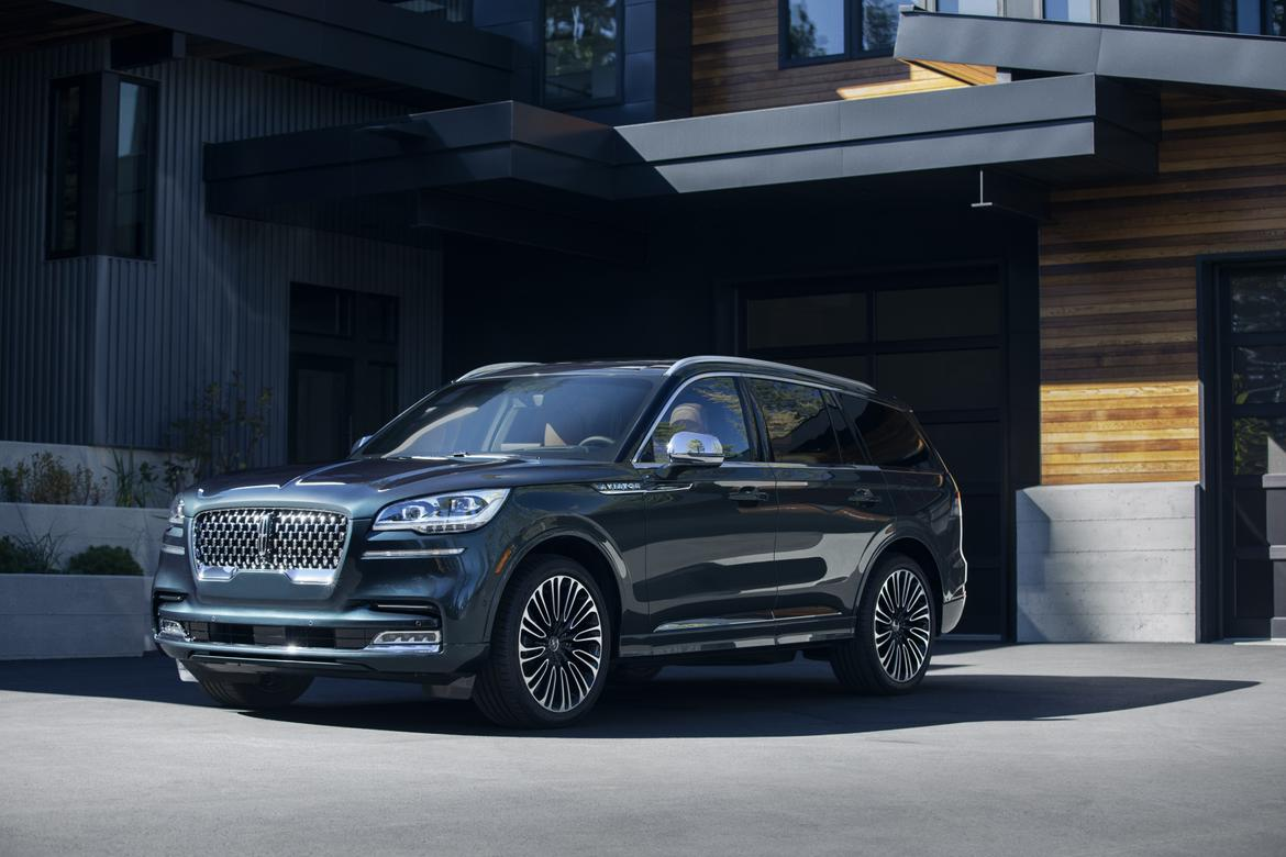 2020 Lincoln Aviator Finally La La Lands In Production Form In L A