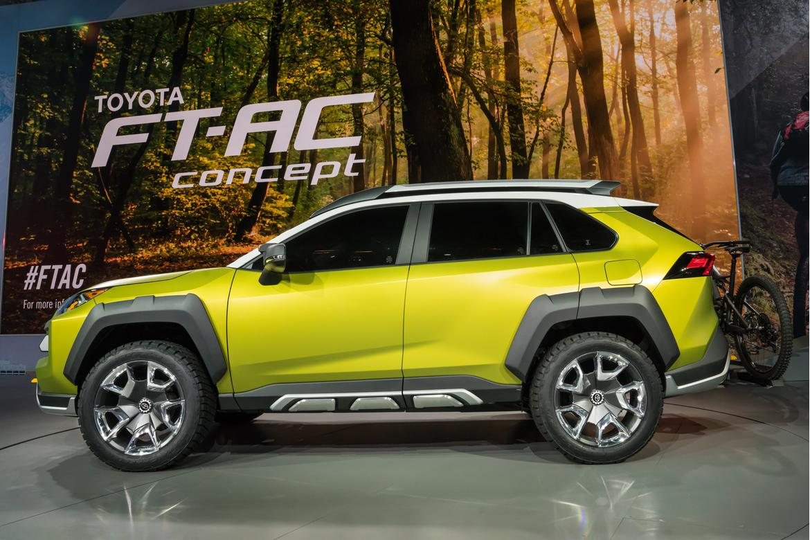 Toyota Rav4 2018 Hybrid >> 2019 Toyota RAV4 Flaunts Beefed-Up Bod in New York Tease | News | Cars.com