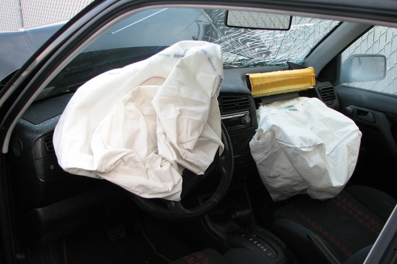 Airbag Thinkstock.jpg
