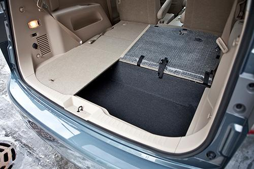 Top Minivan Nissan Quest May Offer Best Cargo Hauling In The Real