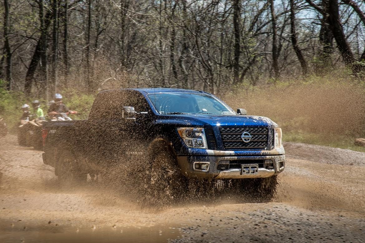30-<a href=https://autousedengines.com/used-nissan-engines>nissan</a>-titan-2018-angle--blue--dynamic--exterior--front--off-