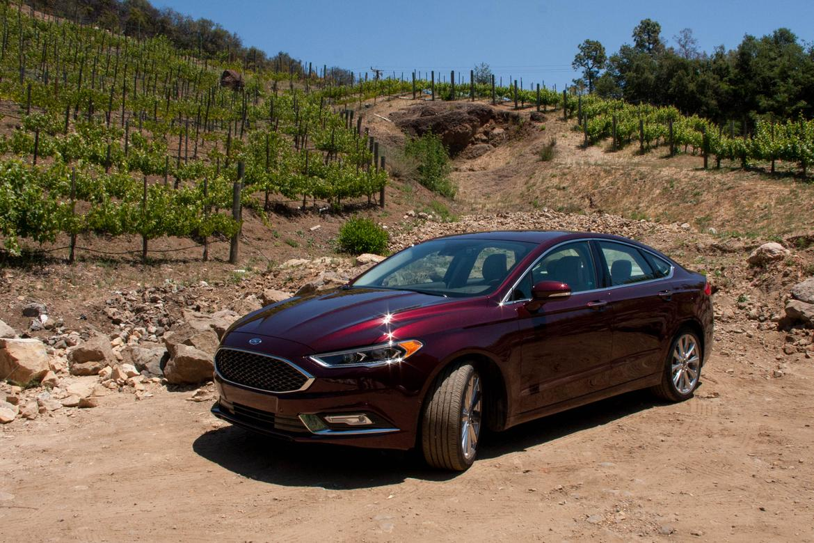 & Better Value: 2017 Ford Fusion or 2017 Lincoln MKZ? | News | Cars.com markmcfarlin.com