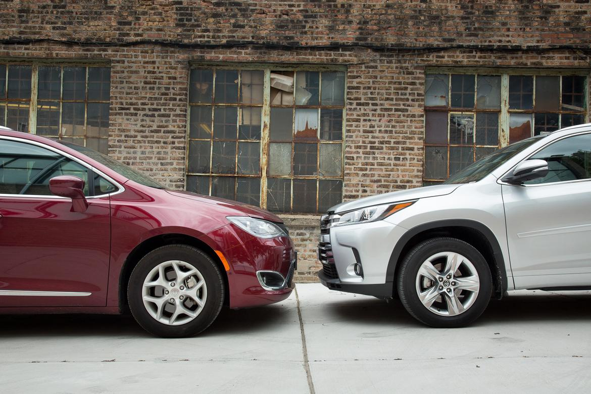 Park cars nose-to-nose, about 18in apart. (left to right) 2017 Chrysler Pacifica, 2017 Toyota Highlander