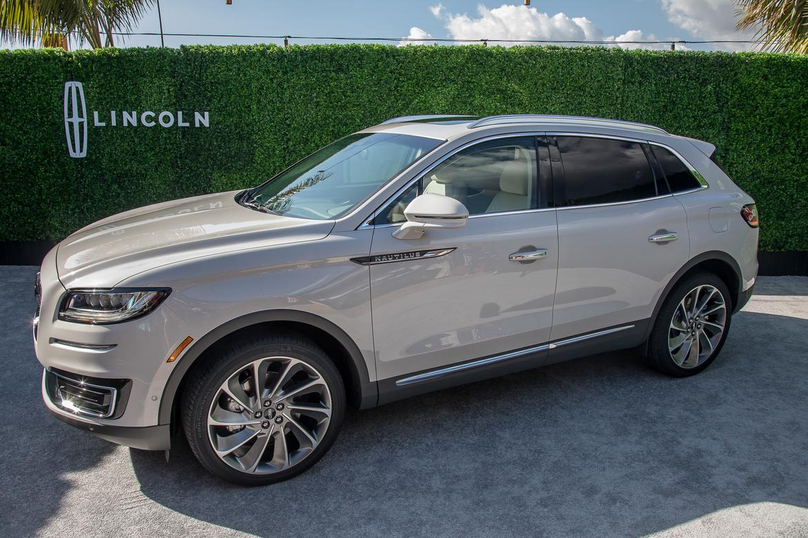 2019 Lincoln Nautilus New Name Same Mkx Mostly News Cars Com