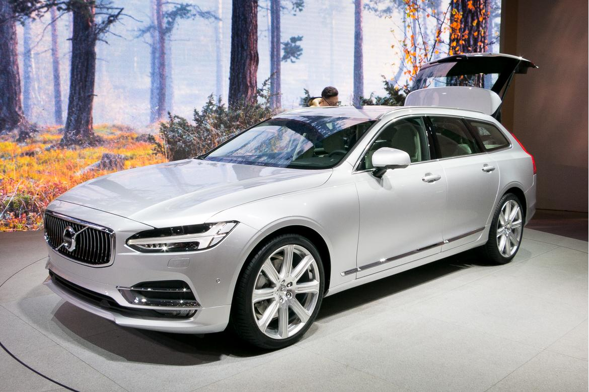 2017 volvo v90 first impressions news. Black Bedroom Furniture Sets. Home Design Ideas