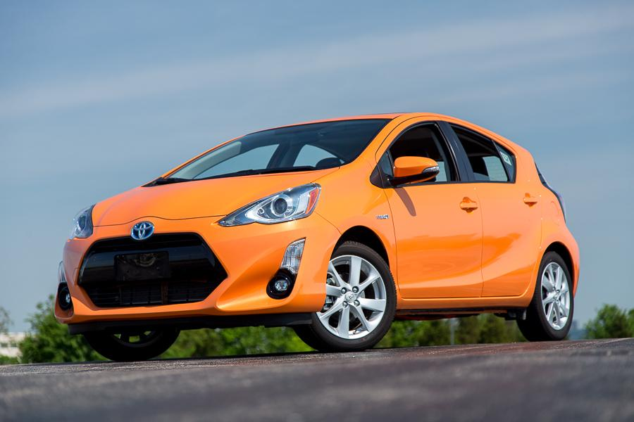 2016 toyota prius c our review. Black Bedroom Furniture Sets. Home Design Ideas
