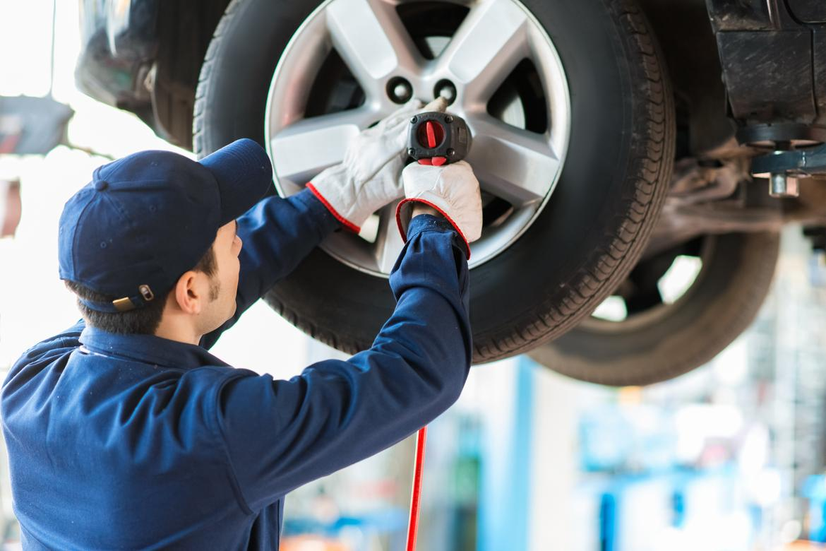 How Often Should TiresWheels Be Balanced News Carscom - Show rims on car before you buy