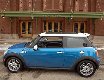 mini cooper s clubman our review. Black Bedroom Furniture Sets. Home Design Ideas