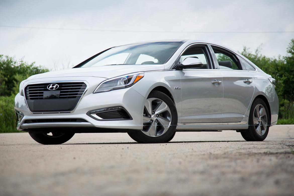 2016 hyundai sonata hybrid review news. Black Bedroom Furniture Sets. Home Design Ideas
