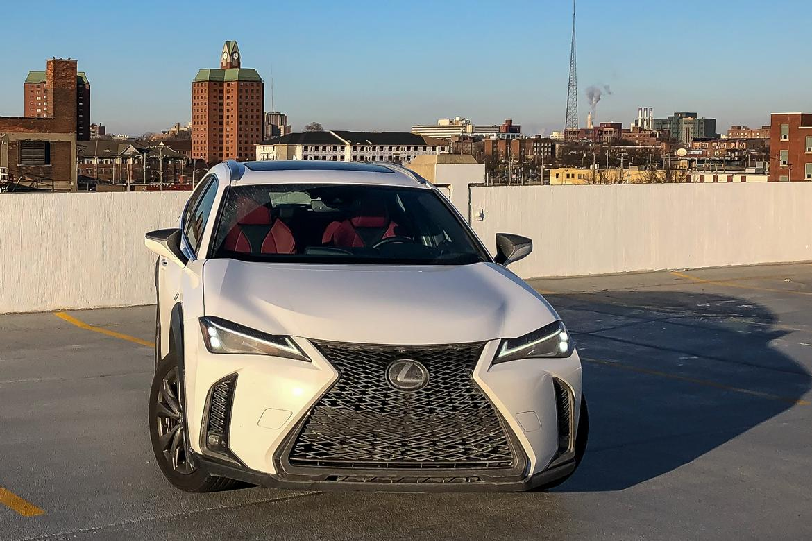 01-<a href=https://www.autopartmax.com/used-lexus-engines>lexus</a>-ux-2019-angle--exterior--front--urban--white.jpg