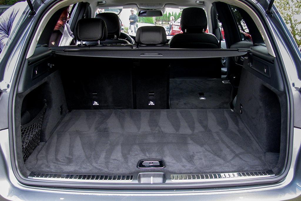 16Mercedes-Benz_GLC_WJ_04.jpg