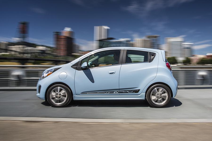 chevrolet nixes spark ev for 2017 news. Black Bedroom Furniture Sets. Home Design Ideas