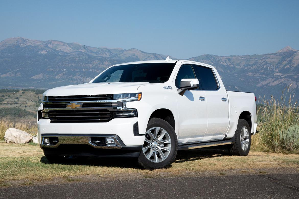 01-<a href=https://www.sharperedgeengines.com/used-chevrolet-engines>chevrolet</a>-silverado-high-country-2019-static-es.jpeg