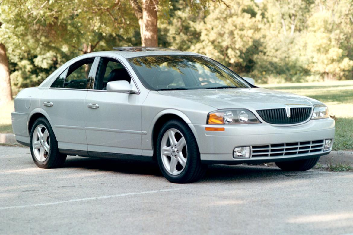 01-lincoln-ls-2000-front-angle-jw.jpg