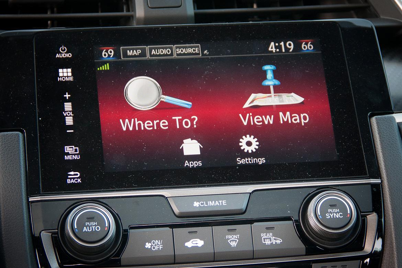 17_Honda_CivicHatchback_BW.jpg