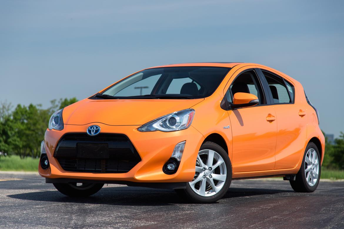 Innovative 2015 Toyota Prius C Review