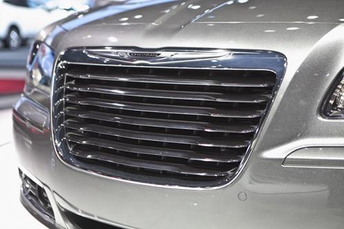 2012 chrysler 300 srt8 carbon fiber trim