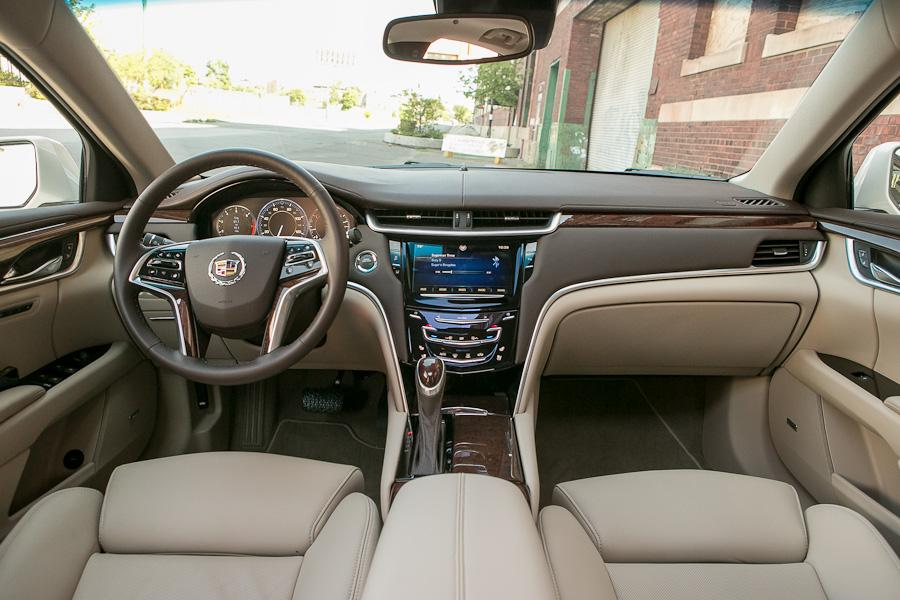 2013 Cadillac XTS - Our Review | Cars.com