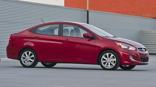 Hyundai Accent Mpg >> 2012 Hyundai Accent A 40 Mpg Value At 12 445 News Cars Com