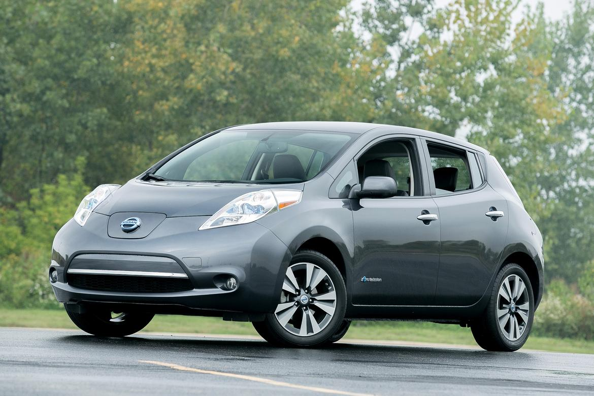 used nissan leaf prices still falling in april news. Black Bedroom Furniture Sets. Home Design Ideas