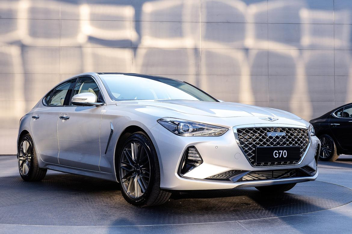 2019 Genesis G70 Come Out Swinging At Under 36k News Cars Com
