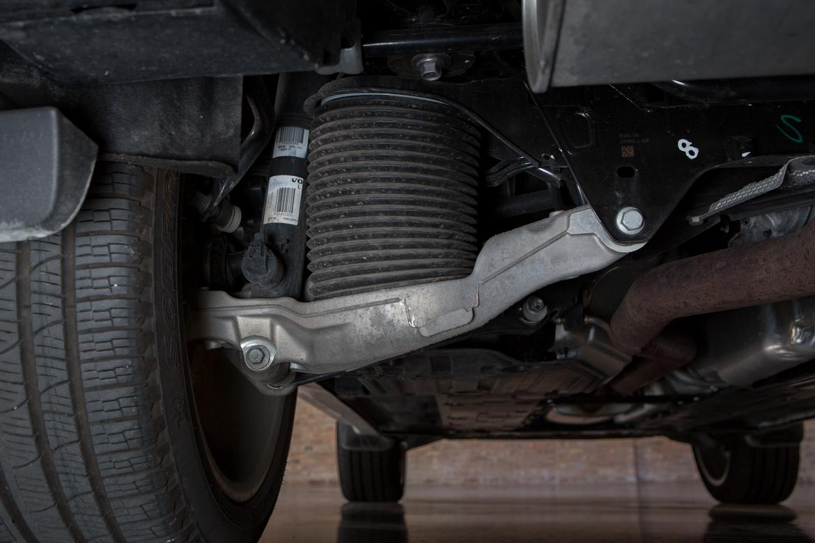 Is the Volvo XC90's Air Suspension Worth the Added Cost ...