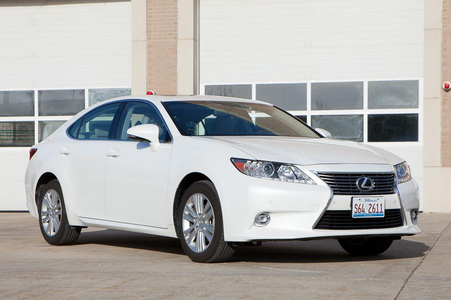 2015 lexus es 350 our review. Black Bedroom Furniture Sets. Home Design Ideas
