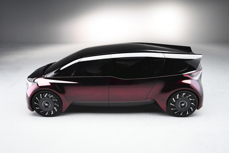 02 Toyota Fine Comfort Ride Concept Vehicle Jpg