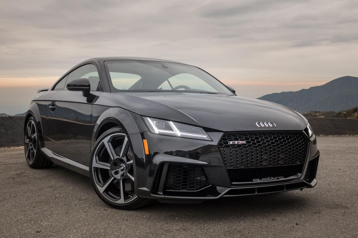 2018 audi tt rs our review. Black Bedroom Furniture Sets. Home Design Ideas