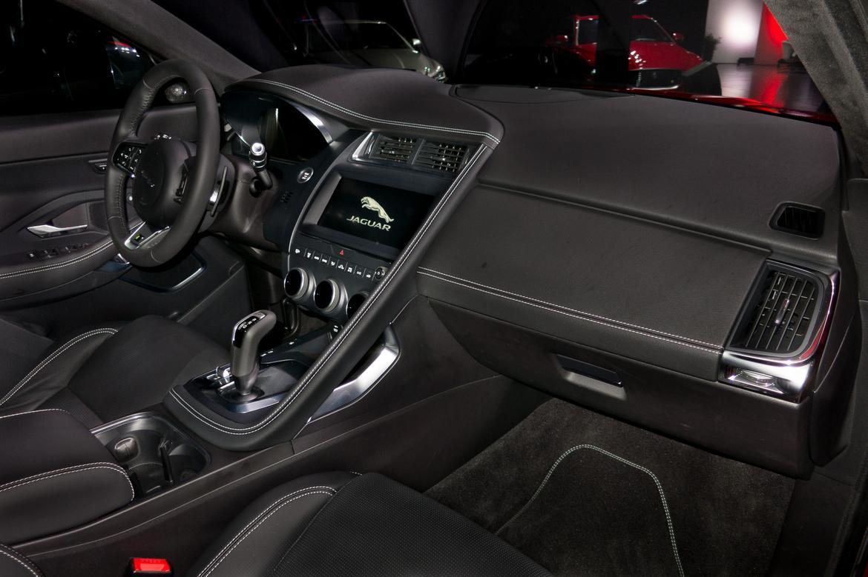jaguar-E-PACE-2018-08-2018-drivers seat-E-PACE-front row-interio