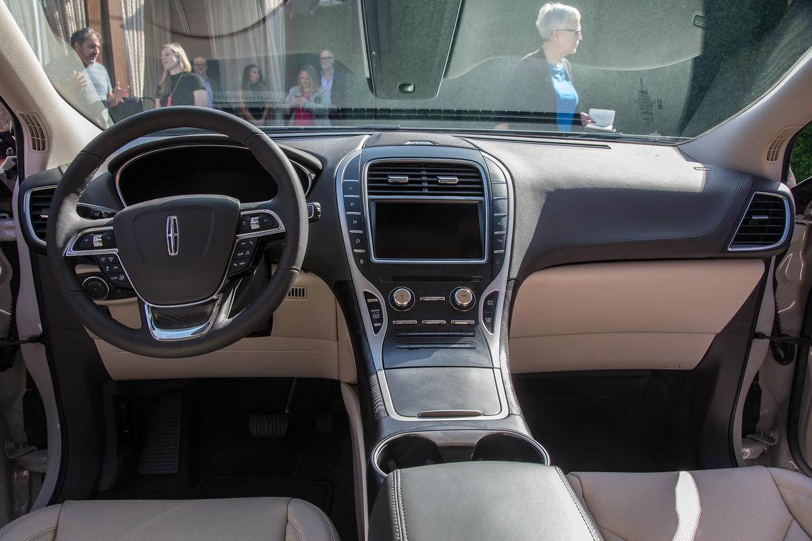 14-<a href=lincoln.php > <a href=lincoln.php > Lincoln </a> </a>-nautilus-2019-autoshow-dashboard-drivers seat-front r