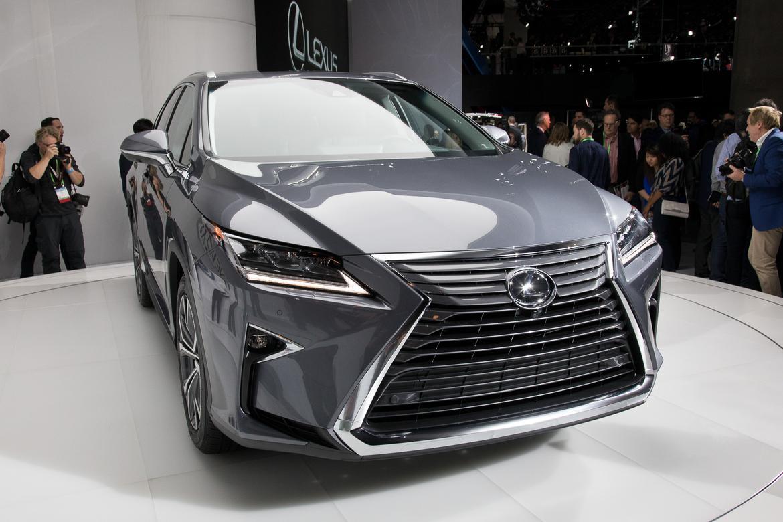17-lexus-rx350l-2018-17LAAS--angle--autoshow--exterior--front--s