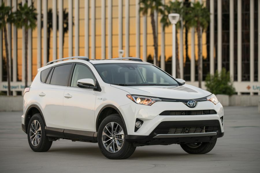 2017 Toyota Rav4 Hybrid Our View