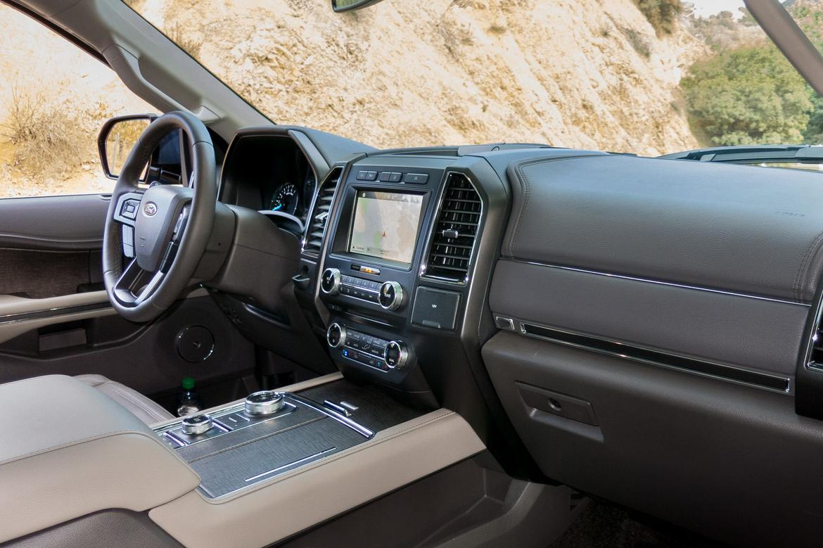 12-<a href=ford.php > <a href=ford.php > Ford </a> </a>-expedition-2018-dashboard-drivers seat-front row-interio
