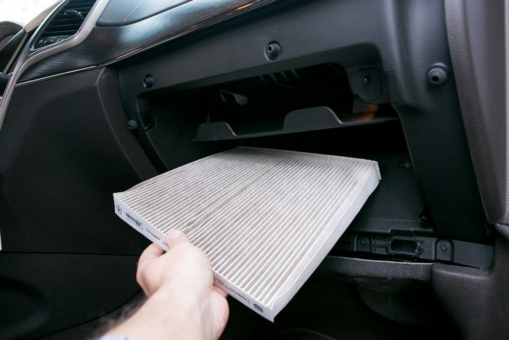 What's A Cabin Air Filter And When Should You Replace It News Rhcars: 2004 Honda Accord Cabin Filter Location At Gmaili.net