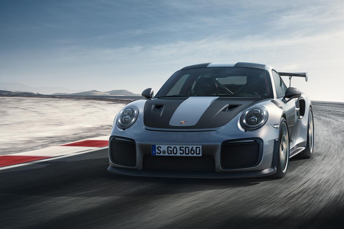 porsche unleashes a 700 hp track monster the 911 gt2 rs. Black Bedroom Furniture Sets. Home Design Ideas