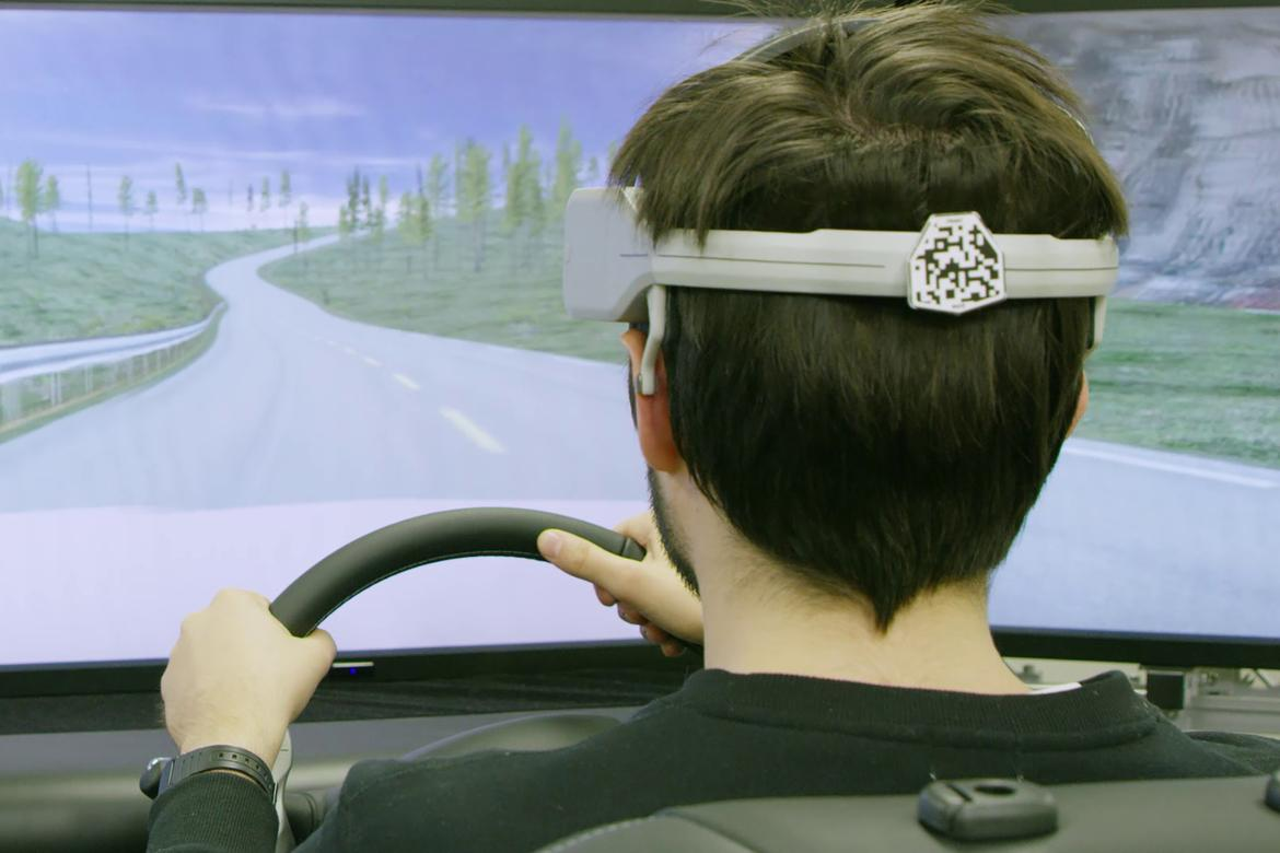 Nissan Brain to Vehicle tech Driving Simulator Prototype