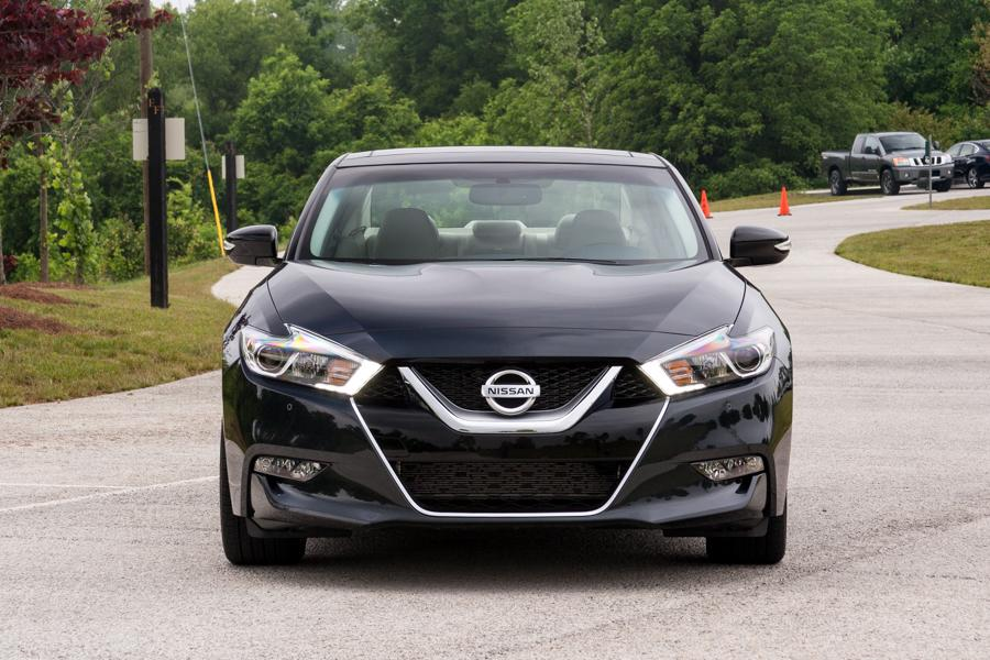2016 nissan maxima our review. Black Bedroom Furniture Sets. Home Design Ideas