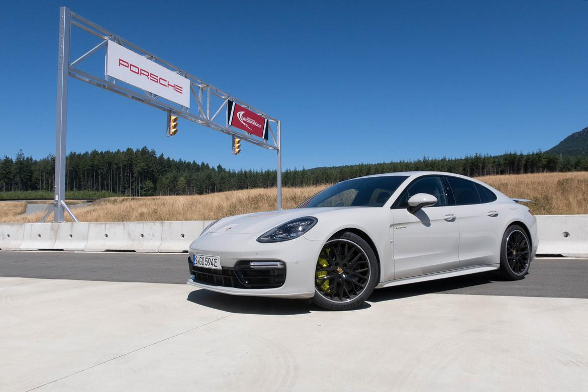 2018 Porsche Panamera Turbo S E Hybrid Review First Drive News Cars