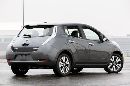 2013 Nissan Leaf Cargo Capacity Breakdown News Cars
